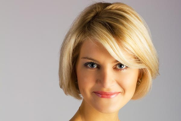 Short Hairstyles For Women With Round Faces And Thick